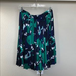 Knee length floral pleated skirt
